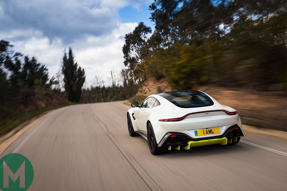 Aston Martin Vantage Review - 2018 aston martin vantage