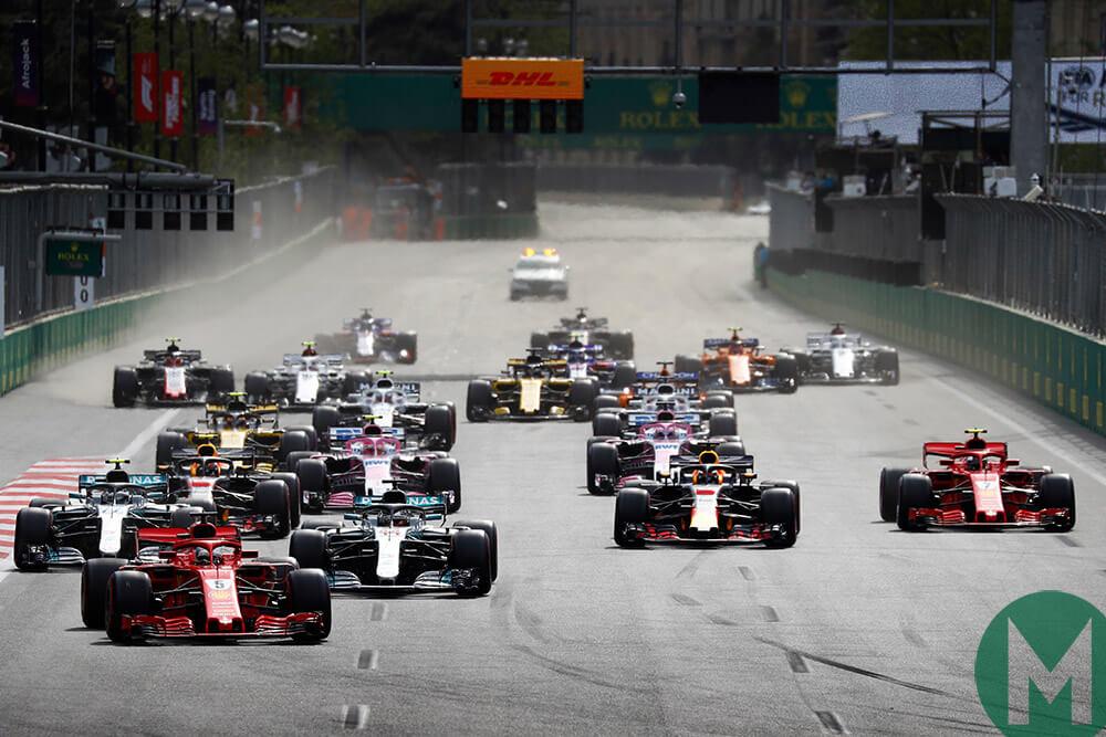 | F1 2018 T.XX | 14/21 Sanciones Gran Premio de Azerbaiyan (Baku City Circuit) Bakuf1gpstart_
