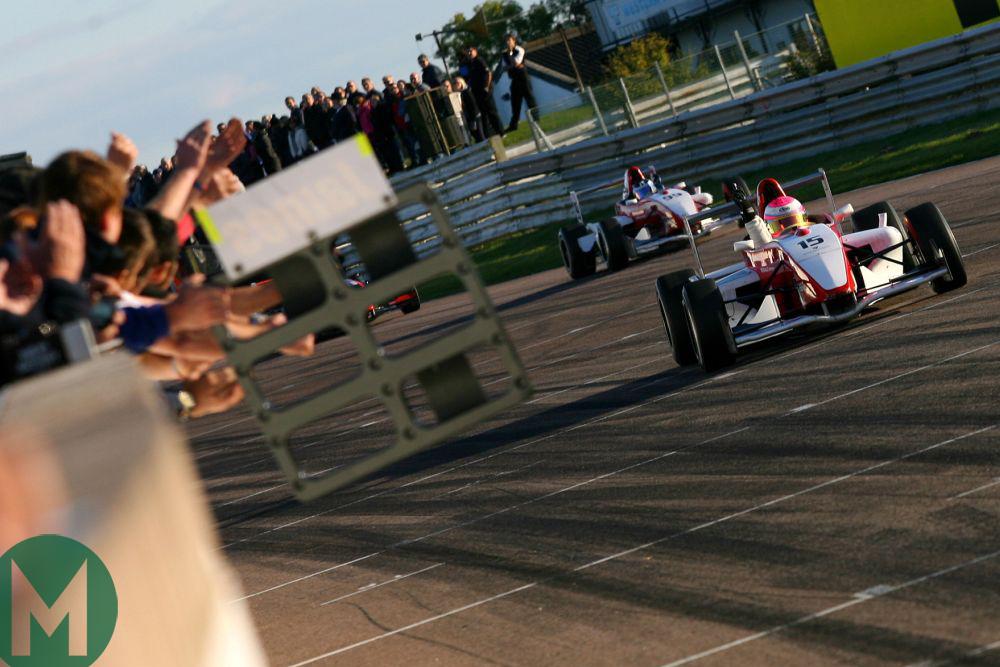 Alice Powell BARC Formula win