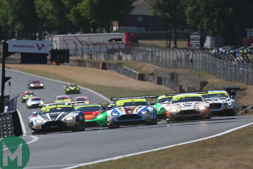 British GT Brands Hatch start