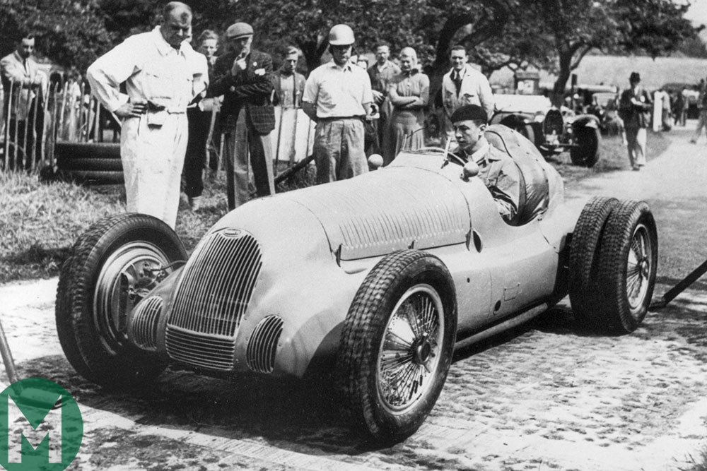 Jean-Pierre Wimille at the 1939 Prescott hill climb in his Works 59/50B Bugatti