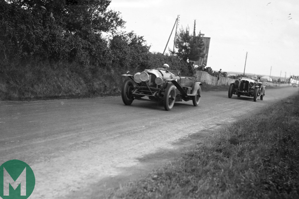 Bentley leads at the 1928 Le Mans 24 Hours race