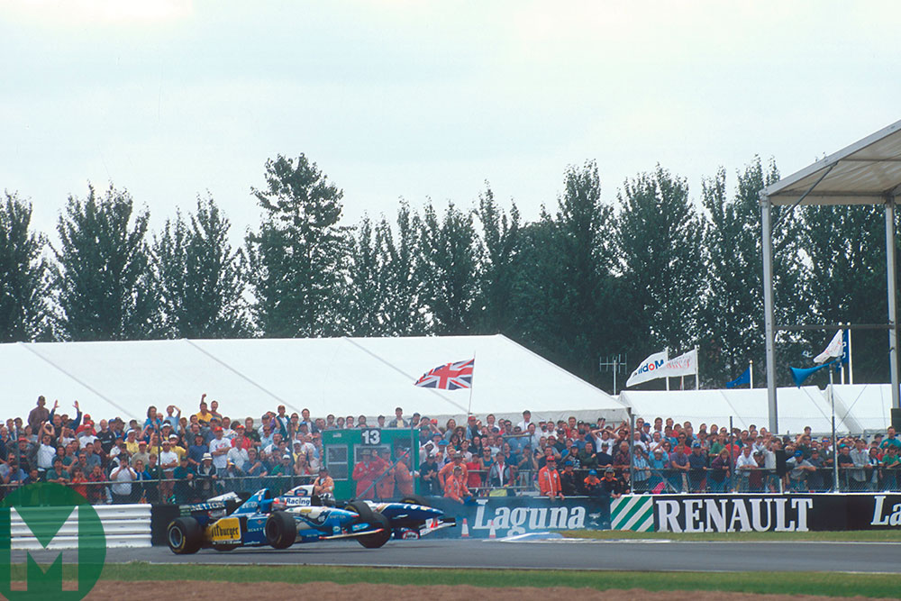 1995 British GP Hill and Schumacher collide