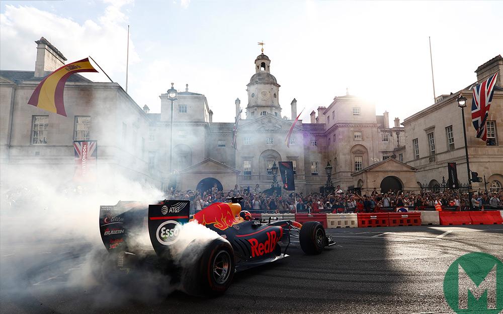 F1 on line