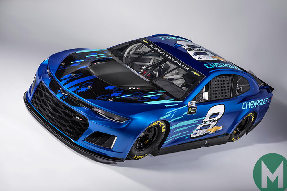 Racing cars look good again