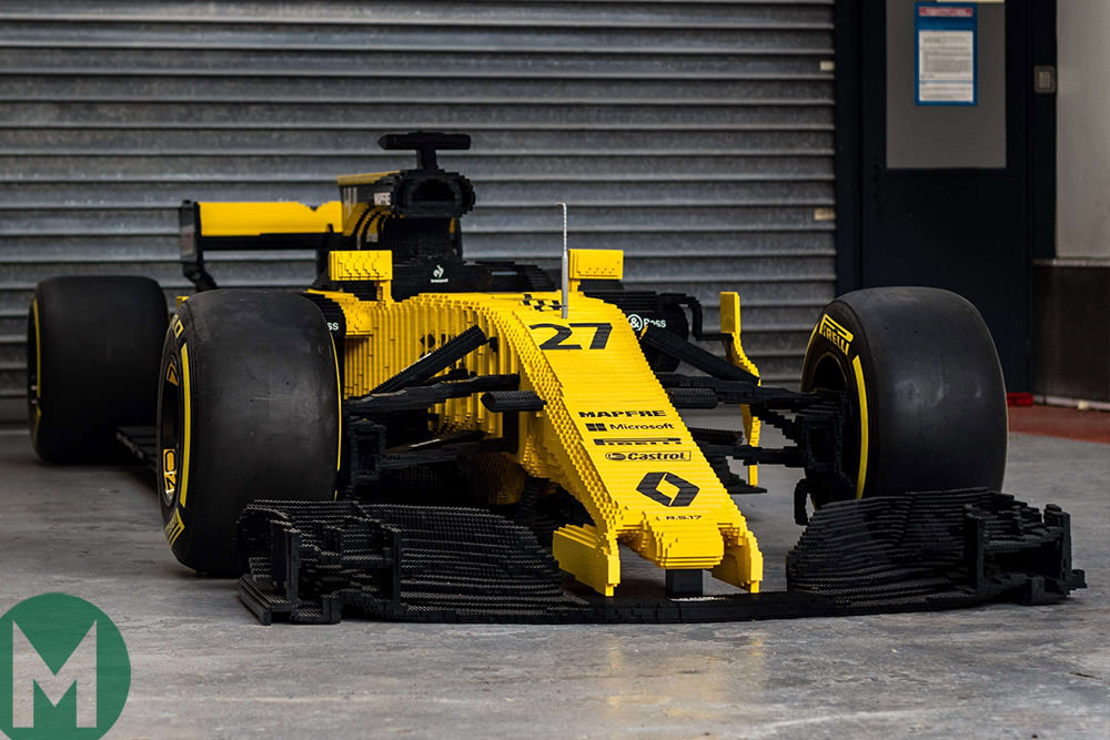 LEGO Renault RS17 car