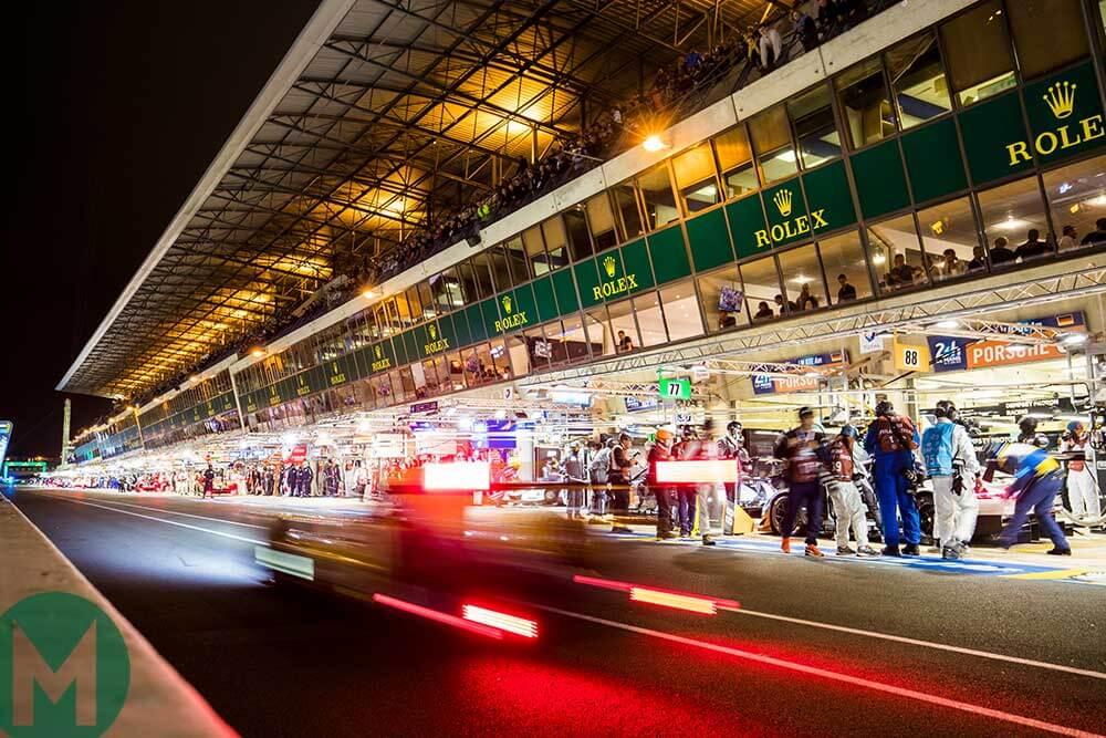 2018 Le Mans regulations main pit lane car